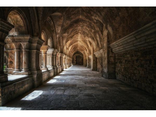 Обходная галерея монастыря