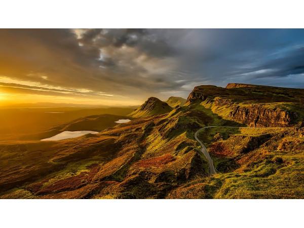 Живописный закат в Шотландии
